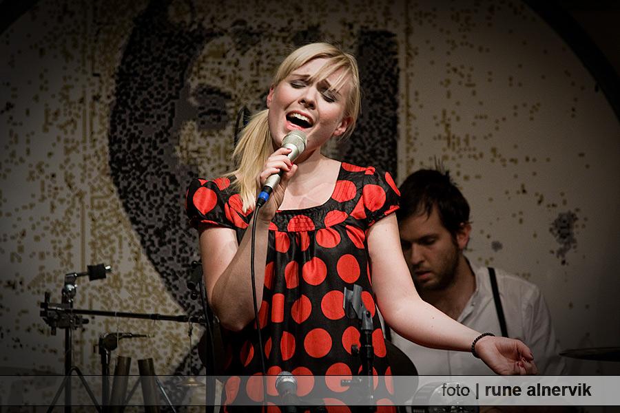 Josefine Lindstrand, konsert Fjällstugan i Jönköping
