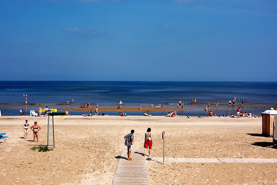 Entré till stranden vid Majori, Jurmala